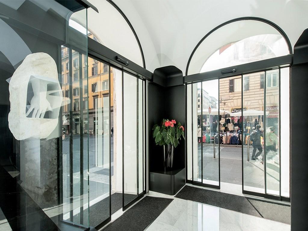Porta Scorrevole A 2 Ante.Ponzi Porte Automatiche Ospedaliere E Per Centri Commerciali