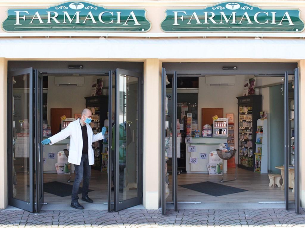Porte Scorrevoli 4 Ante.Ponzi Porte Automatiche Ospedaliere E Per Centri Commerciali