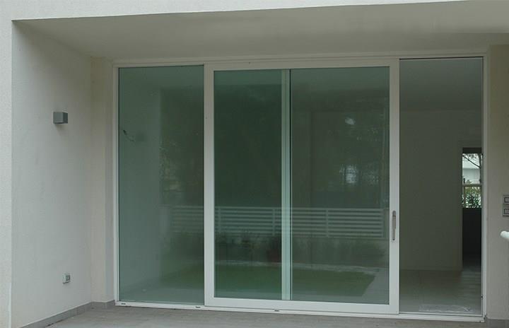 Ponzi porte automatiche ospedaliere e per centri commerciali - Costo finestre taglio termico ...